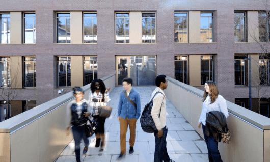 Kingston UniversityФото7