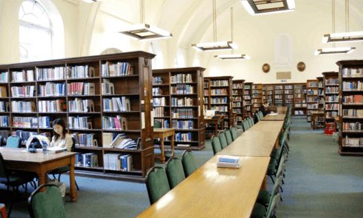 Regent's University LondonФото12
