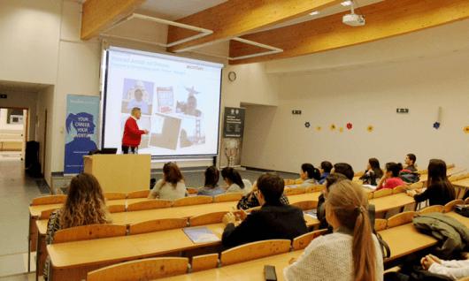 Vistula UniversityФото4