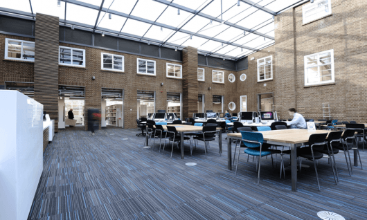 Kingston University London Фото4