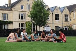 British Study Centers (Wycliffe верховая езда). Фото 5