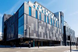 Liverpool John Moores UniversityФото1