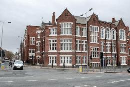 Liverpool John Moores UniversityФото6
