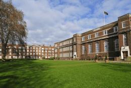 Regent's University LondonФото1