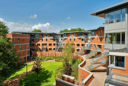 Queen's University Belfast Фото7